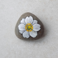Painted Stone 'Japanese Anemone'