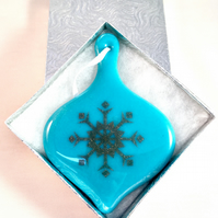 Light Blue & Silver Snowflake Fused Glass  Christmas Tree Bauble Decoration