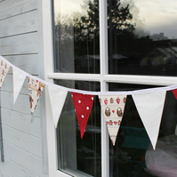 Bunting - Gingerbread