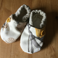 Dorset Button Trimmed Toddler Slippers, age 12 - 18 m, Yellow Taupe Floral S4