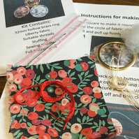 Kit to Make a Dorset Singleton Button in Liberty Print 'Wiltshire Berry'