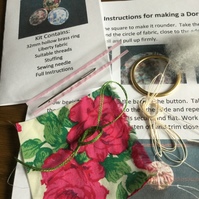 Kit to Make a Dorset Singleton Button in Liberty Print 'Carline Rose'