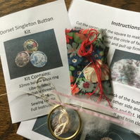 Kit to Make a Dorset Singleton Button in Liberty Print 'Thorpe'