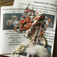 Kit to Make a Dorset Singleton Button in Liberty Print 'Eliza's'