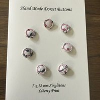 Set of 7, 12 mm, Traditional Dorset Singleton Buttons, S9