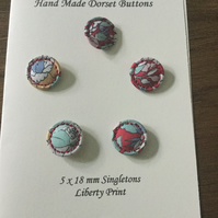 Set of 5, 18 mm, Traditional Dorset Singleton Buttons, S6