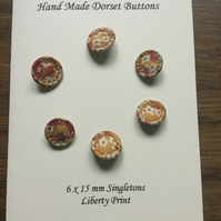 Set of 6,15 mm, Traditional Dorset Singleton Buttons, S8