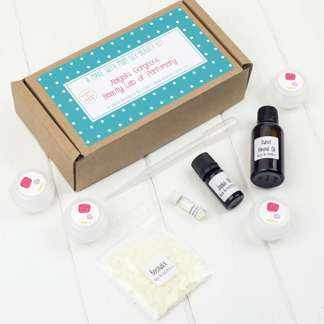 Make Your Own Perfume Kit - Can be Personalised