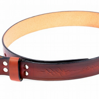 Handmade Man's leather Belt With Embossed ZigZag Pattern.