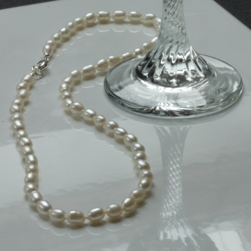 Little White Pearl Necklace