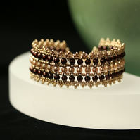 Elizabethan Pearly Bracelet in Cream, Brown and Gold