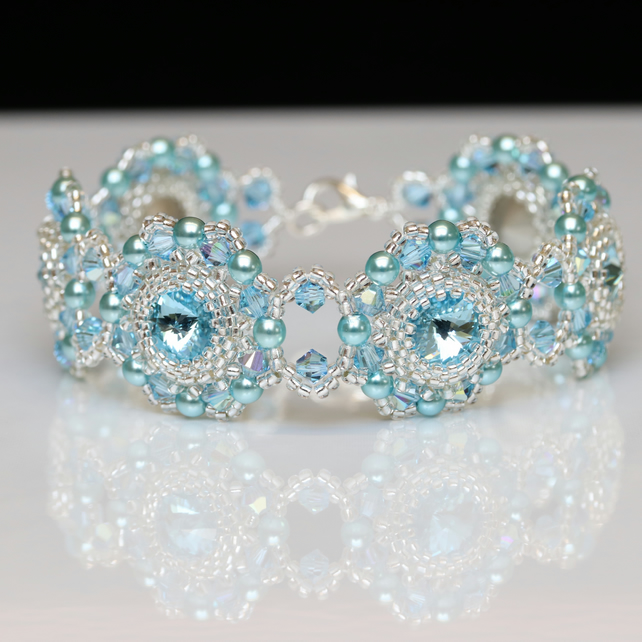 Swarovski Medallion Bracelet in Aquamarine