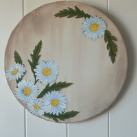 Round hand painted canvas with daisies FREE p&p