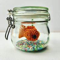 No Fuss Fish - Crochet goldfish in a Glass Jar