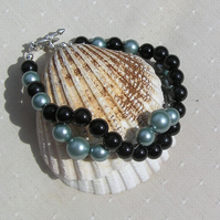 "Black Onyx & Green Shell Pearl Crystal Gemstone Wave Bracelet - ""Everglade"""