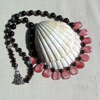 "Strawberry Quartz & Garnet Crystal Gemstone Necklace ""Mulled Berry"""