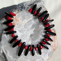 "Natural Red Coral & Black Onyx Crystal Gemstone Bracelet ""Red Terra"""