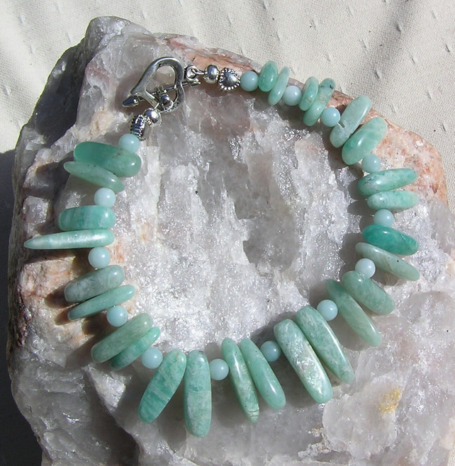 "Green Amazonite Crystal Gemstone Bracelet ""Ammiree"""