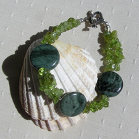"Green Peridot & Green Jasper Gemstone Bracelet ""Moorland Magic"""
