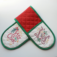 Christmas Oven Gloves. Quilted, embroidered