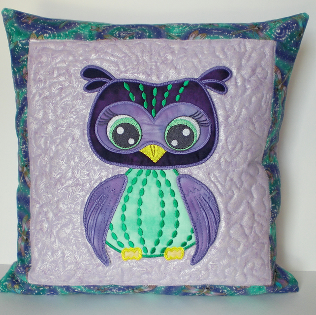 SALE: Cushion cover, Owl appliqué