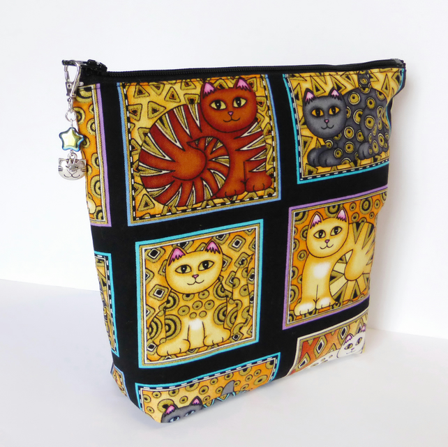 Large make up bag, toiletry bag, clutch bag, cats