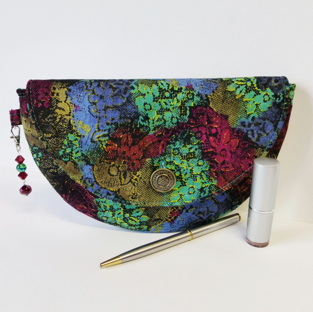 Clutch bag, semi-circular