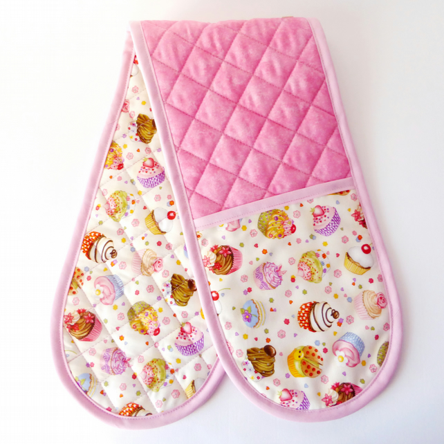 Cup cake oven Gloves. Quilted