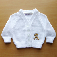 Baby cardigan with embroidered teddy motif. 0-3 months