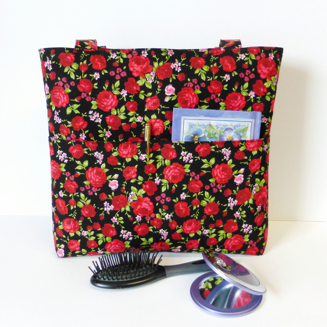 Red roses zipped Handbag, tote bag.