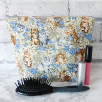 Cats make up bag, zipped pouch, cosmetic bag,  large size.