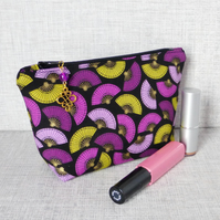 Make up bag, zipped pouch, cosmetic bag, fan design.