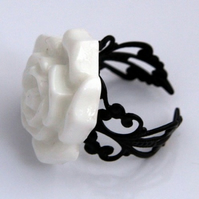 White Rose Ring