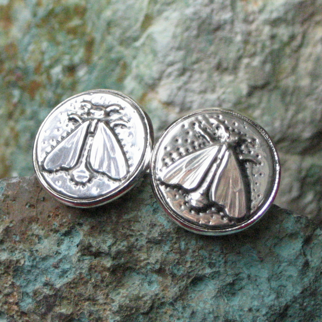Bee Cufflinks, Bee Design Cuff Links in Silver Pewter, Handmade Pewter Accessory