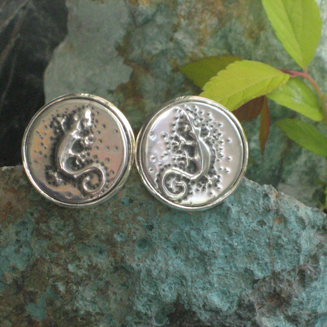 Gecko Lizard Cufflinks in Silver Pewter