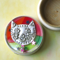 Cat Gift Box, Wooden Box with Decorated Lid