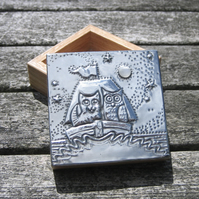 Handmade Pewter Box, the Owl and the Pussycat Design with Rainbow Moonstone