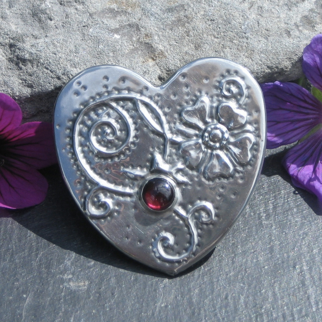 Strawberry Flower Heart Brooch with Garnet
