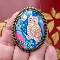 Owl Brooch, Miniature Owl Picture in Bronze Setting