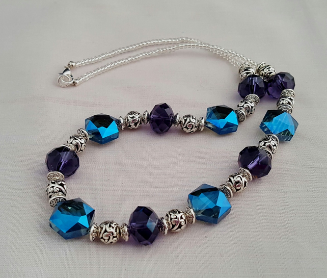 Purple, blue and silver sparkly necklace - 1001226