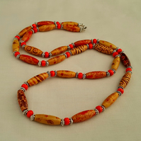 Long brown and red wooden bead necklace - 1002094