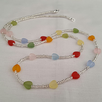 Long necklace of multi coloured frosted glass hearts - 1002229