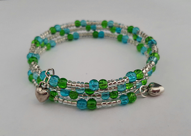 Lime and turquoise beaded bracelet with heart charms - 1001346H