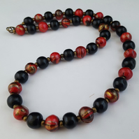 Red, black and gold wooden bead necklace - 1002429