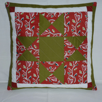 Green and Red Ohio Star Cushion