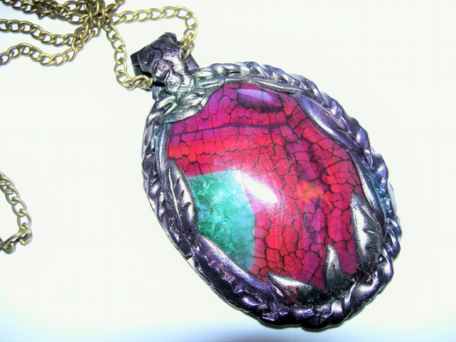 Crackle Agate Clay Pendant Necklace