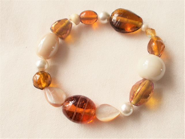 Cream and Amber Stretchy Bracelet FREE UK Post