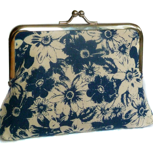 Blue flowers, silk-lined purse