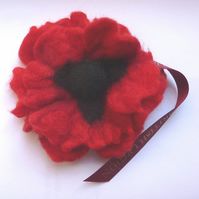 RBL felt poppy (no leaf)