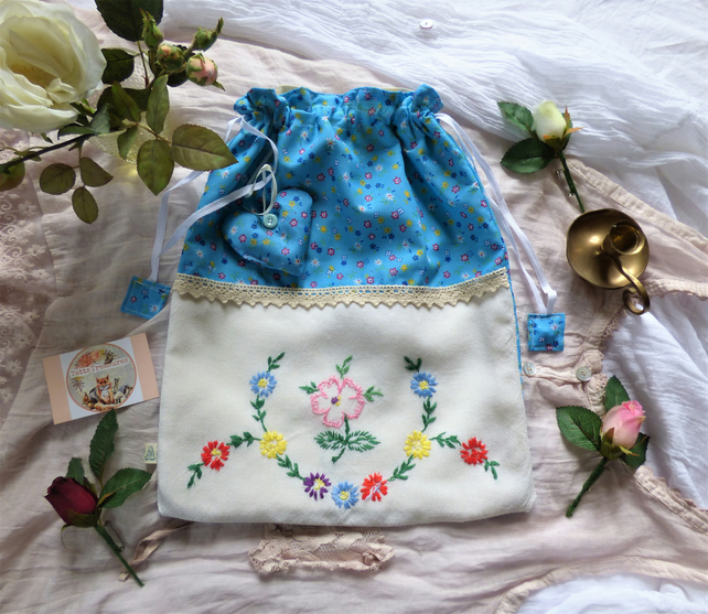 Fabric Drawstring Bags with Vintage Embroidery